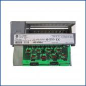 Allen Bradley 1746-OB8 IO Module SLC 500 Processors