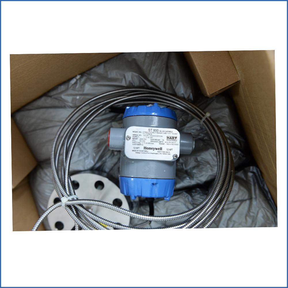 Honeywell STR82D SmartLine Remote Diaphragm Seals Pressure Transmitter