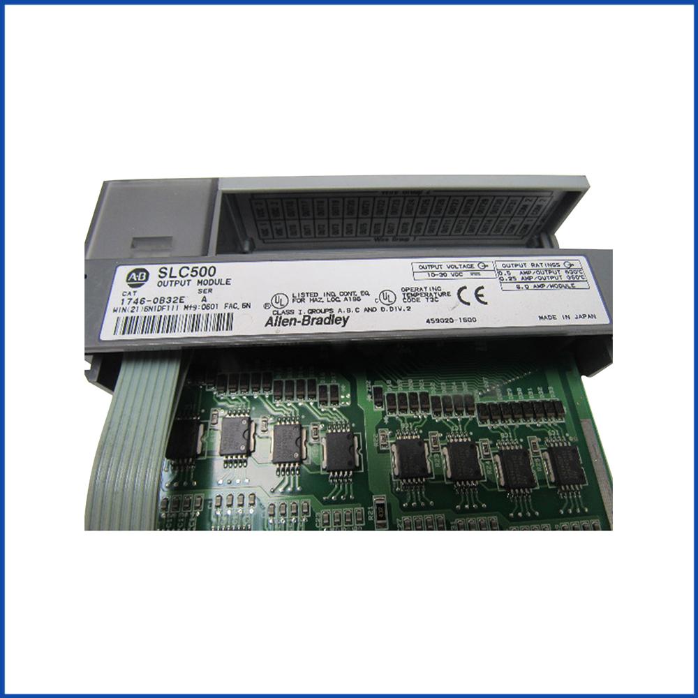 Allen Bradley 1746-OB32E IO Module SLC 500 Processors