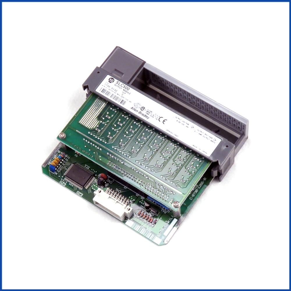 Allen Bradley 1746-OV32 IO Output Module SLC 500 Processors